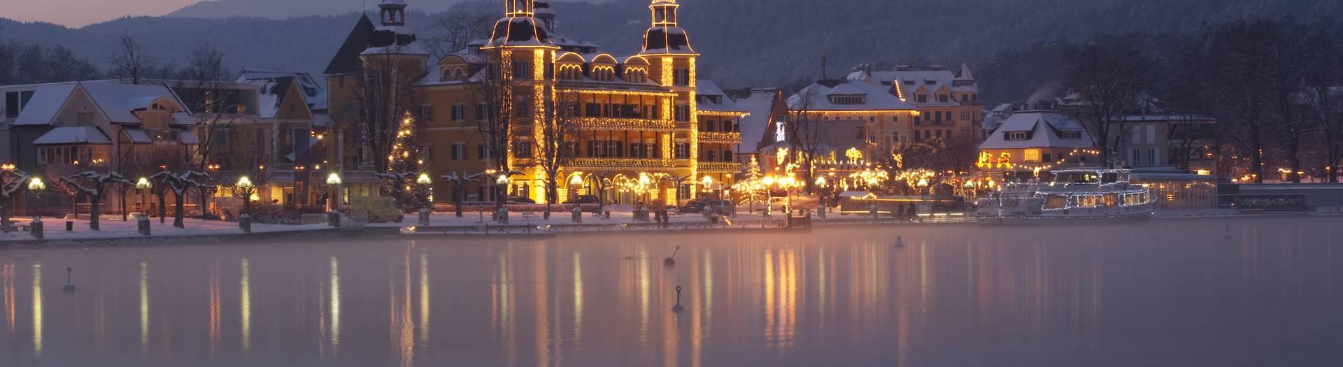 Velden Schloss Velden im Advent