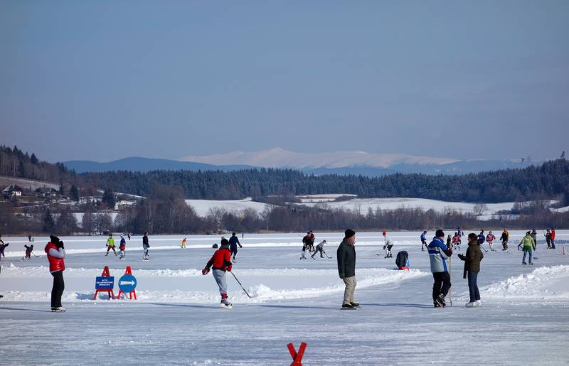 Eislaufen am Längsee in Mittelkärnten